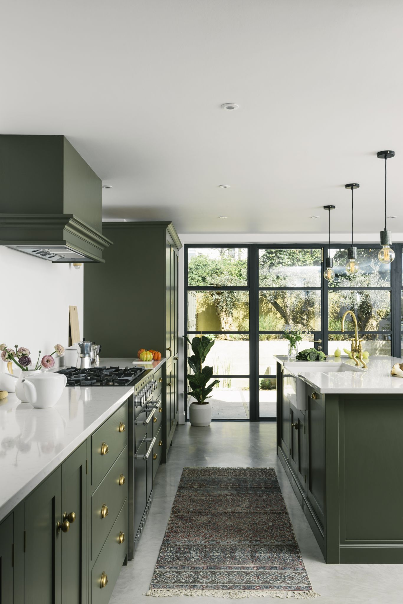 5 Reasons to Invest in a Shaker Style Cabinet for your Kitchen