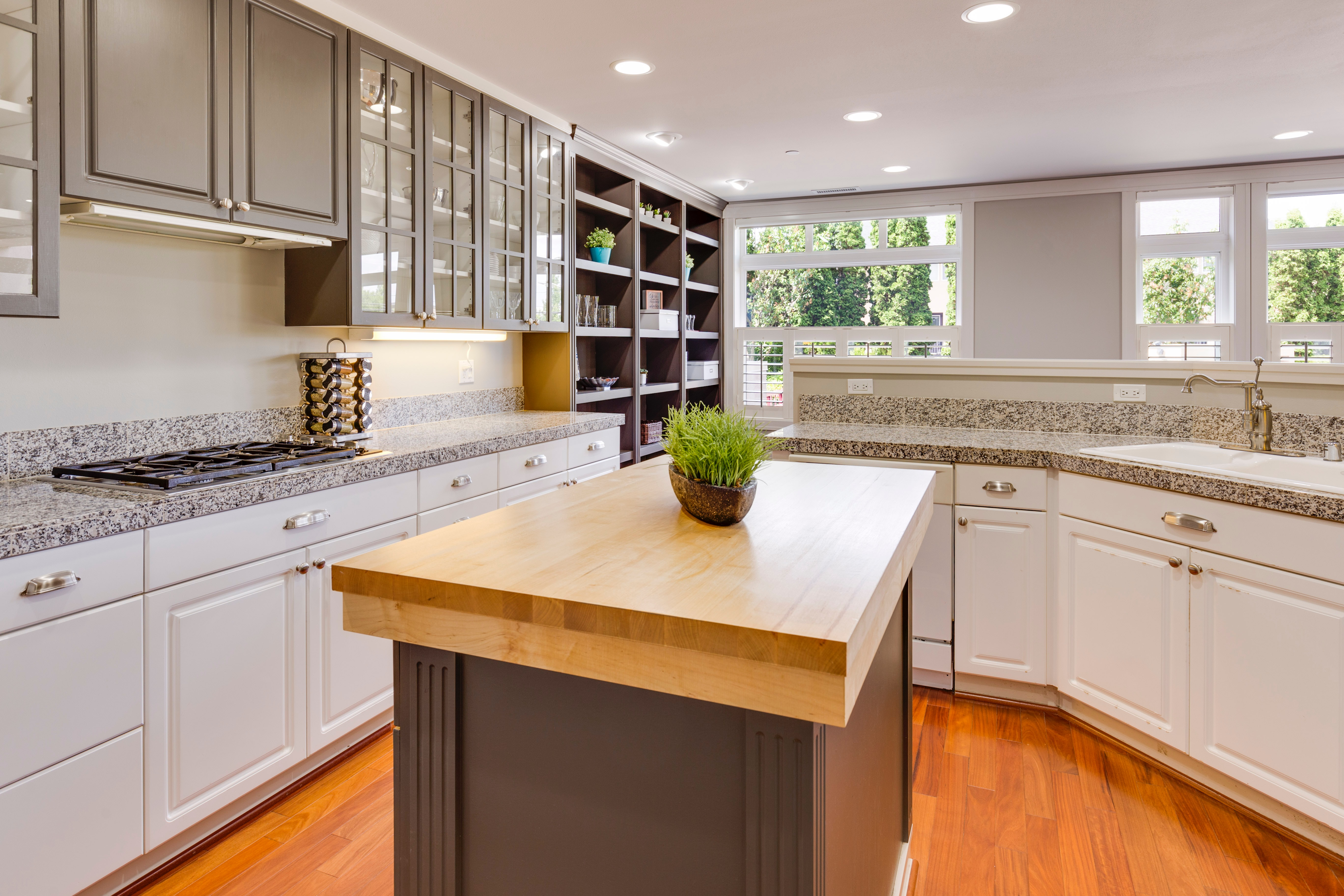 Top 5 Things to Consider Before Buying Wood Countertops